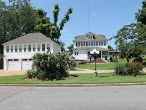 211 West Jefferson Ripley, MS