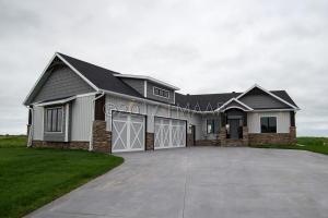 432 SEQUOIA Drive, Mapleton, ND 58059