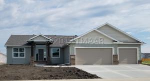 1226 26 Avenue W, West Fargo, ND 58078