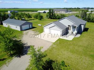11031 COUNTY RD 17 S, Horace, ND 58047