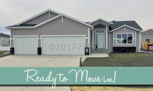 1233 29TH Avenue W, West Fargo, ND 58078