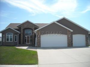 4722 WOODHAVEN Street S, Fargo, ND 58104