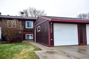 2125 2 Avenue E, West Fargo, ND 58078