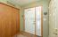 Entrance/hardwood floors