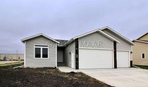 346 SPRUCE Street, Mapleton, ND 58059