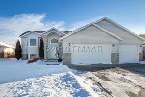 3750 FILLMORE Street S, Fargo, ND 58104