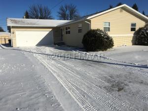 902 23RD Avenue S, Moorhead, MN 56560