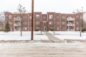 385 7TH Avenue S, Fargo, ND 58103