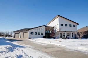 6009 SILVERLEAF Drive S, Fargo, ND 58104