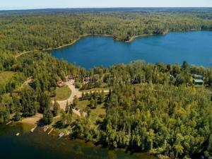 Hoot Owl Resort on two lakes, Hoot Owl Lake (bottom), Pickeral Lake (top.)