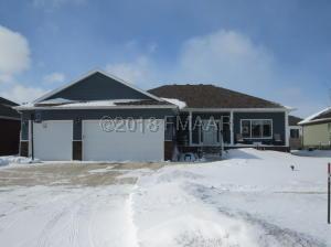 1609 36 Street S, Moorhead, MN 56560