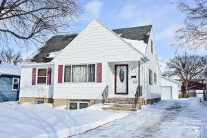 1317 9 Street N, Fargo, ND 58102