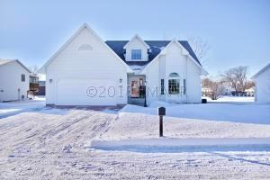 214 4TH Avenue NW, Dilworth, MN 56529