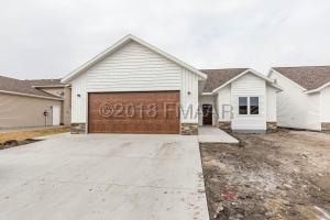 810 3 Avenue NE, Dilworth, MN 56529