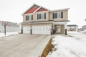 2622 7 Street W, West Fargo, ND 58078