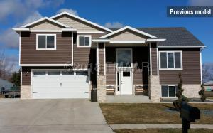385 CARLSBAD Avenue, Mapleton, ND 58059
