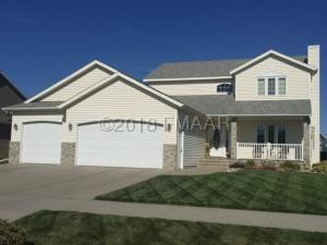 1009 4 Avenue NW, Dilworth, MN 56529