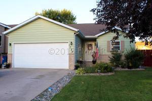 1730 32ND Street S, Moorhead, MN 56560