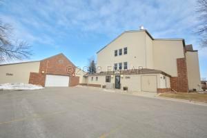3306 VILLAGE GREEN Boulevard S, Moorhead, MN 56560