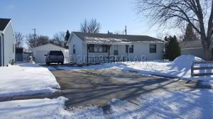 307 7 Avenue E, West Fargo, ND 58078
