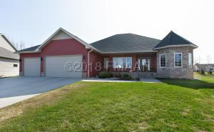 229 36 1/2 Place E, West Fargo, ND 58078