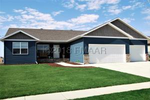 721 48 Avenue W, West Fargo, ND 58078