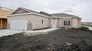 7831 WILD ROSE Way, Horace, ND 58047