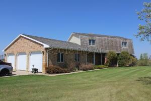 3703 124TH Avenue S, Horace, ND 58047