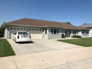 303 4 Avenue NW, Dilworth, MN 56529