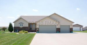 467 38 Avenue W, West Fargo, ND 58078
