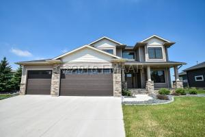 324 36 Avenue E, West Fargo, ND 58078