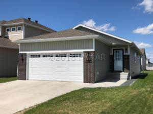 5419 38TH Avenue S, Fargo, ND 58104