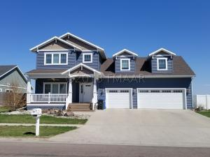 4945 38TH Avenue S, Fargo, ND 58104