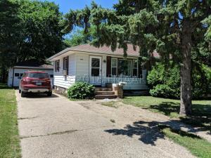 1415 13TH Street N, Moorhead, MN 56560