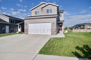 2418 6 Court W, West Fargo, ND 58078