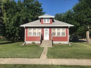 3 1ST Street NW, Gwinner, ND 58040