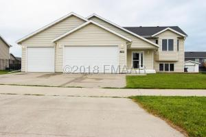 822 4TH Avenue NE, Dilworth, MN 56529