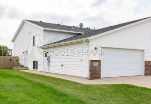 1718 10 Street W, West Fargo, ND 58078