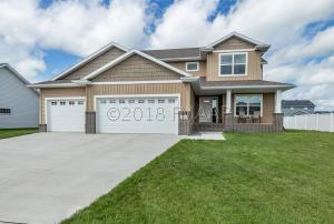 2632 MCLEOD Drive E, West Fargo, ND 58078