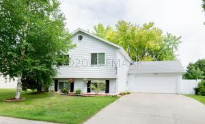 2013 27 Avenue S, Fargo, ND 58103