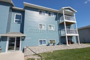 2535 25TH Street S, Fargo, ND 58103