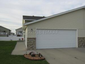 4849 51 Avenue S, Fargo, ND 58104
