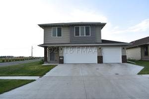 86 6TH Street E, Horace, ND 58047