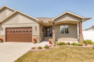 4375 ESTATE Drive S, Fargo, ND 58104