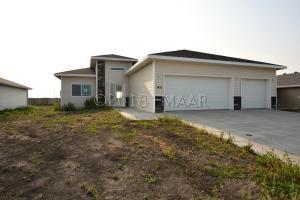 1411 41ST Street S, Moorhead, MN 56560