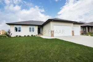 168 30 Avenue E, West Fargo, ND 58078