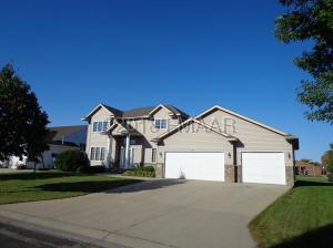 440 41ST Avenue S, Moorhead, MN 56560