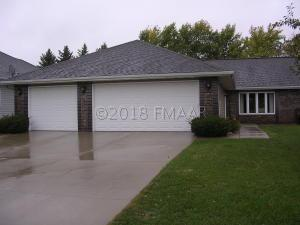 953 18th Ave Circle N, Moorhead, MN 56560