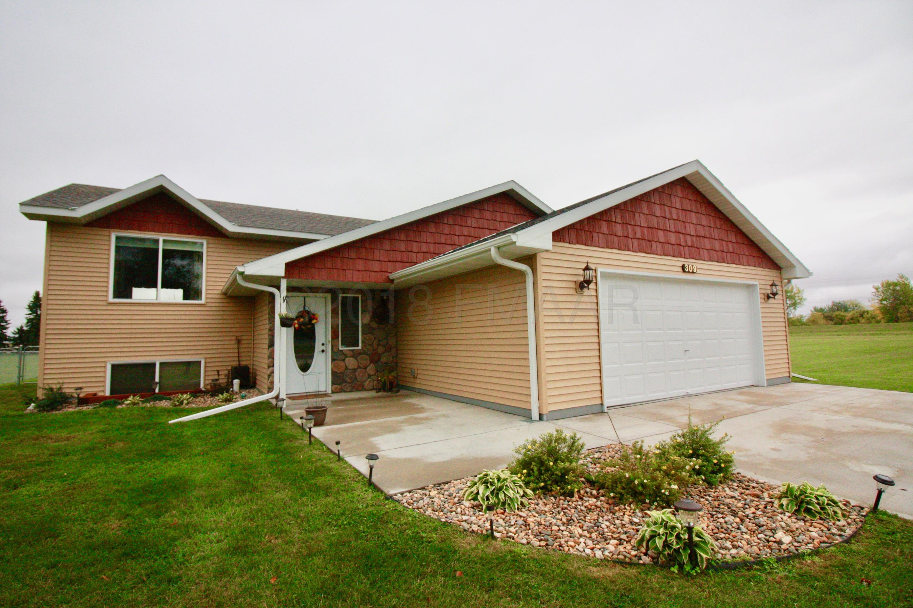 309 BUFFALO Avenue, Breckenridge, MN 56520