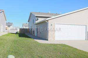 958 42ND Avenue W, West Fargo, ND 58078